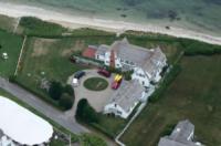 Villa Taylor Swift - 13-07-2012 - Taylor Swift compra casa davanti a quella del fidanzato Conor Ken