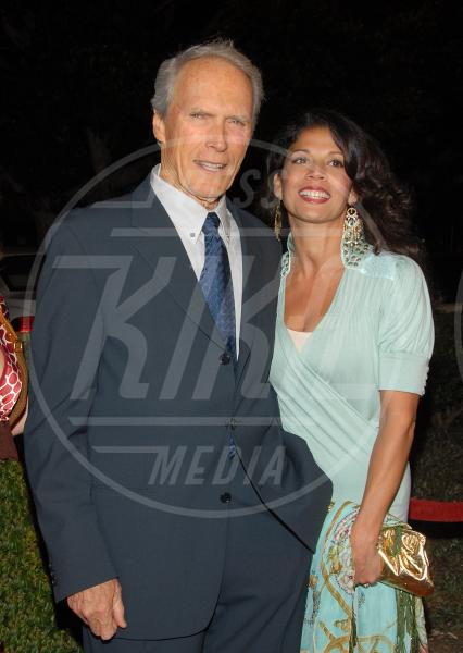 Dina Eastwood, Clint Eastwood - Beverly Hills - 10-10-2006 - Dina Eastwood chiede la separazione legale da Clint Eastwood