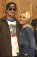 Pamela Anderson, Kid Rock - Los Angeles - 27-12-2011 - Non c'è due senza tre... star dal SI' facile