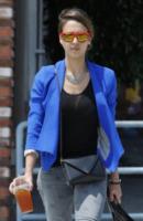 Jessica Alba - Los Angeles - 16-08-2012 - Gli occhiali sono lo specchio dell'anima delle star