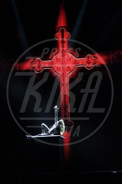Madonna - NIZZA - 22-08-2012 - Chiesa e show biz, un rapporto di amore e odio