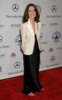 Lara Flynn Boyle - Beverly Hills - 26-10-2008 - Cannes 2018: Kristen come Julia, piedi nudi sul red carpet