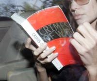 "Angelina Jolie - Pune - 12-10-2006 - Angelina Jolie:""Bush mi complica il lavoro"""
