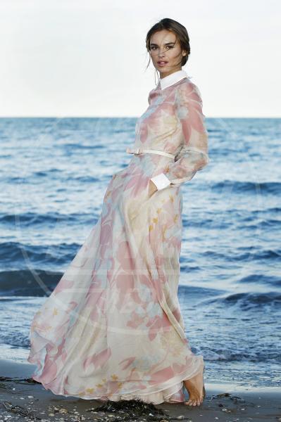 Kasia Smutniak - Venezia - 28-08-2012 - Kasia Smutniak, un fiore in laguna