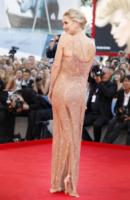 Kate Hudson - Venice - 03-07-2011 - La provocazione delle vip, mettere in mostra tutto (o quasi)