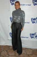"Maria Bello - Beverly Hills - 12-10-2006 - MARIA BELLO ASPIRANTE SUICIDA IN ""DOWNLOADING NANCY"""