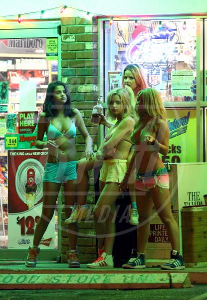 Rachel Korine, Selena Gomez, Ashley Benson, Vanessa Hudgens - St Petersburg - 13-03-2012 - 69. Festival di Venezia: grande attesa al Lido per Selena Gomez