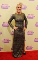 Pink - Los Angeles - 06-09-2012 - Billboard incorona Pink come Donna dell'anno