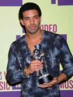Drake - Los Angeles - 06-09-2012 - Drake denunciato per 76 mila dollari dal suo stylist