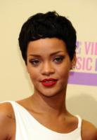 Rihanna - Los Angeles - 06-09-2012 - Rihanna nega di aver fatto uso di cocaina al Coachella