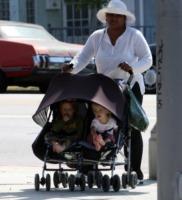 Julia Roberts - Venice - 12-10-2006 - Julia Roberts in attesa del terzo figlio