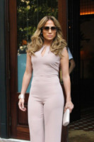 Jennifer Lopez - New York - 12-09-2012 - Lo show di Jennifer Lopez preso di mira dalle proteste anti-gay