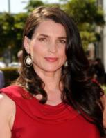 Julia Ormond - Los Angeles - 15-09-2012 - Syfy dà l'ok a Incorporated la serie di Matt Damon e Ben Affleck