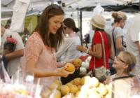 Violet Anne Affleck, Jennifer Garner - Los Angeles - 16-09-2012 - Star come noi: la vita reale è fatta di commissioni
