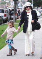 Joan Collins - Los Angeles - 26-01-2010 - 2 ottobre: festa dei nonni… anche vip!