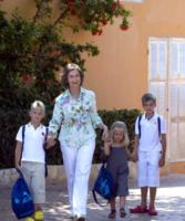 Sofia di Spagna - 17-08-2009 - 2 ottobre: festa dei nonni… anche vip!