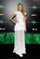 Blake Lively - Hollywood - 15-06-2011 - Blake Lively: dal giorno alla sera, vince l'eleganza