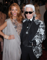 Karl Lagerfeld, Blake Lively - New York - 02-05-2011 - Karl Lagerfeld, ecco le sue ultime volontà