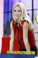 Michelle Hunziker - Milano - 21-09-2012 - E' nata Sole, la figlia di Michelle Hunziker e Tomaso Trussardi
