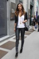 Camila Morais - Milano - 22-09-2012 - Settimana della moda: Giuseppe Zanotti apre ai vip la sua boutique