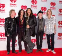 Steven Tyler, Aerosmith - Las Vegas - 23-09-2012 - Steven Tyler cameriere a New York, ma solo per un'ora