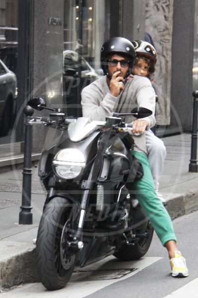 Carlos Corona, Fabrizio Corona - Milano - 23-09-2012 - Primavera, tempo di sole, caldo e motociclette