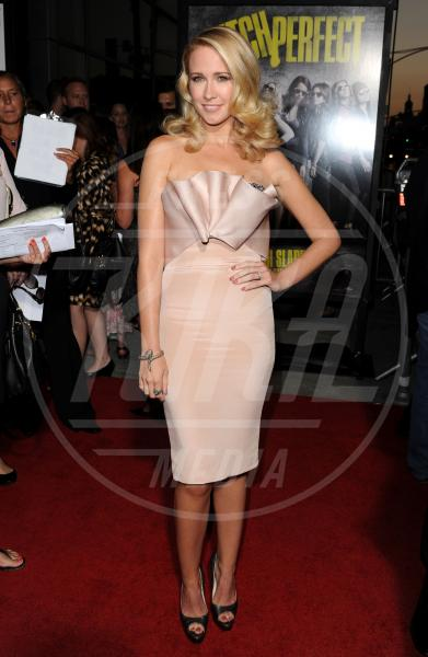 Anna Camp - Los Angeles - 24-09-2012 - Je vois la vie en rose… anche sul red carpet!