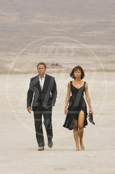 Olga Kurylenko, Daniel Craig - 24-06-2008 - Le donne di James Bond compiono 50 anni