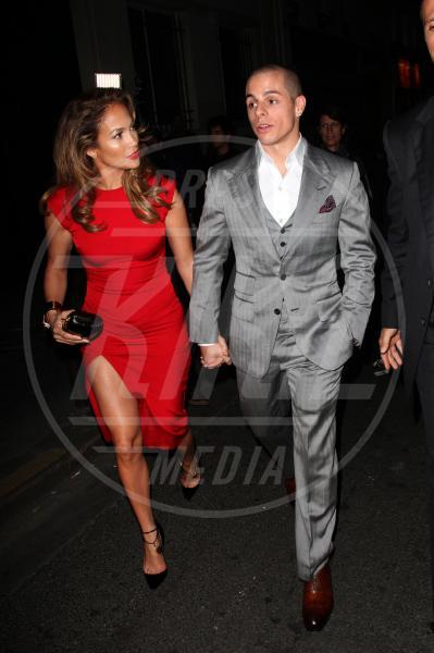 Casper Smart, Jennifer Lopez - Parigi - 01-10-2012 - Jennifer Lopez è single anche per la legge