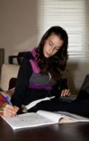 Asya Gottardi - 03-10-2012 - Erika Di Martino e l'homeschooling:la scuola fuori dalla scuola!
