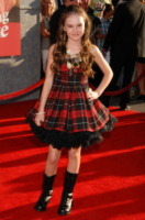 Madeline Carroll - Hollywood - 24-07-2008 - Dalla Scozia con amore: in autunno è tartan-trend