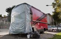 Il vecchio chiosco bruciato - Milano - 04-10-2012 - Il chiosco dei panini anti N'drangheta