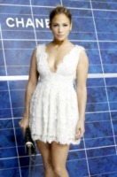 Jennifer Lopez - Parigi - 05-10-2012 - Lo show di Jennifer Lopez preso di mira dalle proteste anti-gay