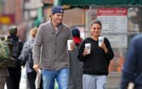 Mila Kunis, Ashton Kutcher - New York - 08-10-2012 - Nozze a Stonehenge per Kutcher-Kunis, Demi Moore permettendo