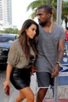 Kim Kardashian, Kanye West - Miami - 08-10-2012 - Kim Kardashian e Kanye West presto sposi