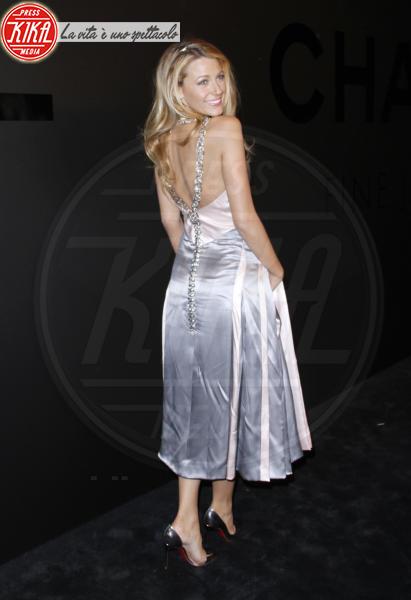 Blake Lively - New York - 10-10-2012 - Blake Lively: dal giorno alla sera, vince l'eleganza