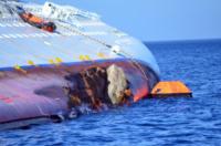 Costa Concordia - Isola del Giglio - 21-01-2012 - Costa Crociere licenzia il comandante Francesco Schettino