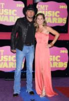 """Jessica Aldean, Jason Aldean - Nashville - 06-06-2012 - Jason Aldean: """"In famiglia va tutto bene"""""""