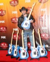 """Jason Aldean - Las Vegas - 05-12-2011 - Jason Aldean: """"In famiglia va tutto bene"""""""