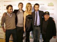 Charlie Day, Kaitlin Olson, Rob McElhenney, Glenn Howerton, Danny DeVito - Los Angeles - 12-11-2009 - Il cast di It's Always Sunny in Philadelphia vicino a DeVito