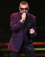 George Michael - Liverpool - 11-10-2012 - Incidente stradale per George Michael
