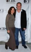 Clark Gregg, Jennifer Grey - Pasadena - 19-01-2006 - Clark Gregg torna nel ruolo di Phil Coulson per Shield in tv