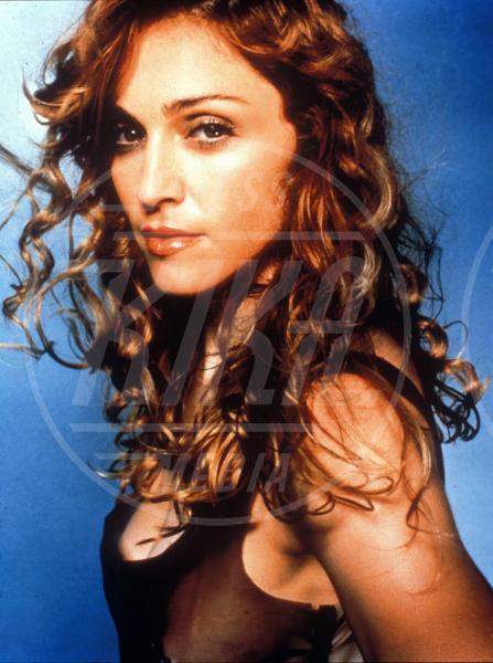 Madonna - 28-08-1998 - Buon compleanno Madonna, 56 anni sulla cresta dell'onda