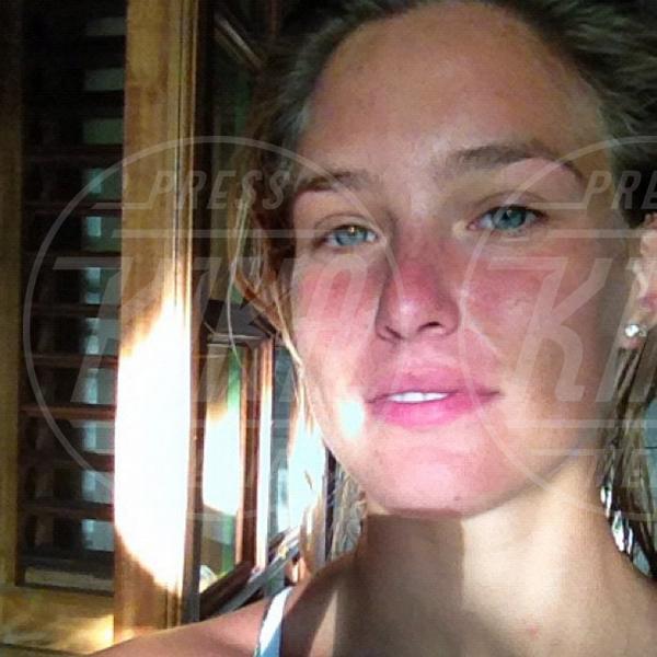 Bar Refaeli - Los Angeles - 15-10-2012 - Il Make-up, il migliore amico delle star