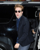 Robert Pattinson - New York - 15-08-2012 - Robert Pattinson con Carey Mulligan in Hold on to me