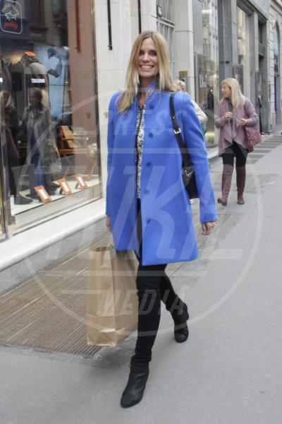Filippa Lagerback - Milano - 17-10-2012 - Corto e colorato: ecco il cappotto di primavera