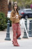 Alessandra Ambrosio - Malibu - 05-07-2012 - Il mattino ha l'oro in bocca… e la stanchezza in faccia!