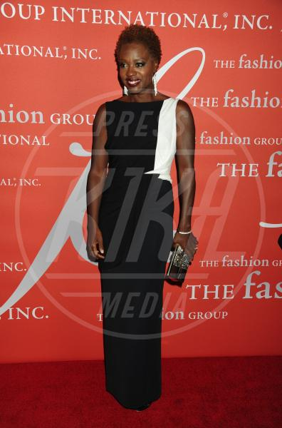 Viola Davis - New York - 25-10-2012 - Sul red carpet, l'optical è… l'optimum!
