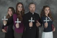 Tess, Brynne Larson, Bob Larson, Savannah - Scottsdale - 30-10-2012 - Le sorelle Scherkenback unite nel nome dell'esorcismo