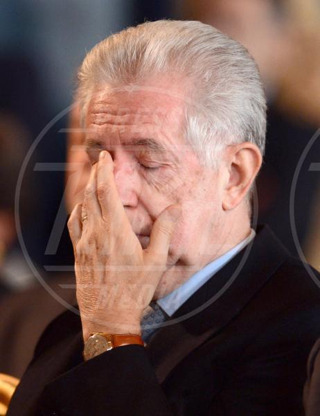 Mario Monti - Roma - 30-10-2012 - Da Napolitano a Monti dormono tutti al 150 della Corte dei Conti